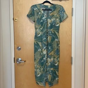 VINTAGE La Belle Floral Short Sleeve Midi Dress